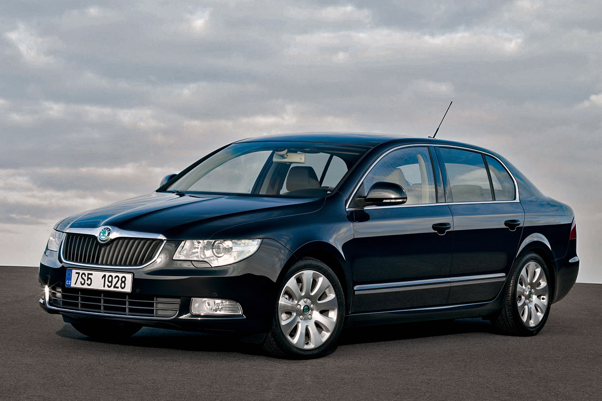 skoda superb named car of the year 2009 in 8 countries autoevolution. Black Bedroom Furniture Sets. Home Design Ideas