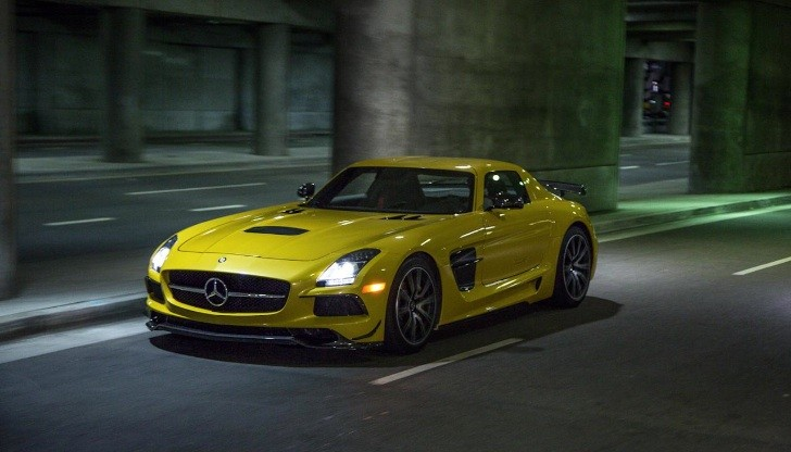 SLS AMG Black Series Gets Reviewed by Car And Driver