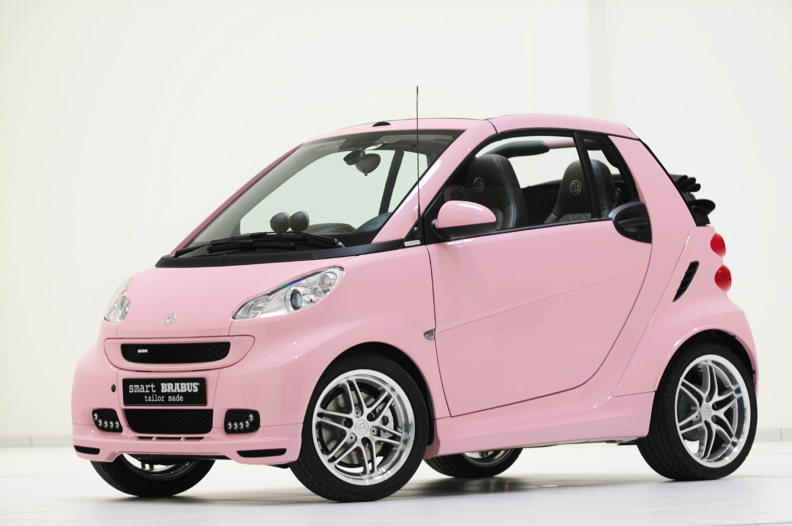 Smart Fortwo Wins Most Embarrassing Car Award