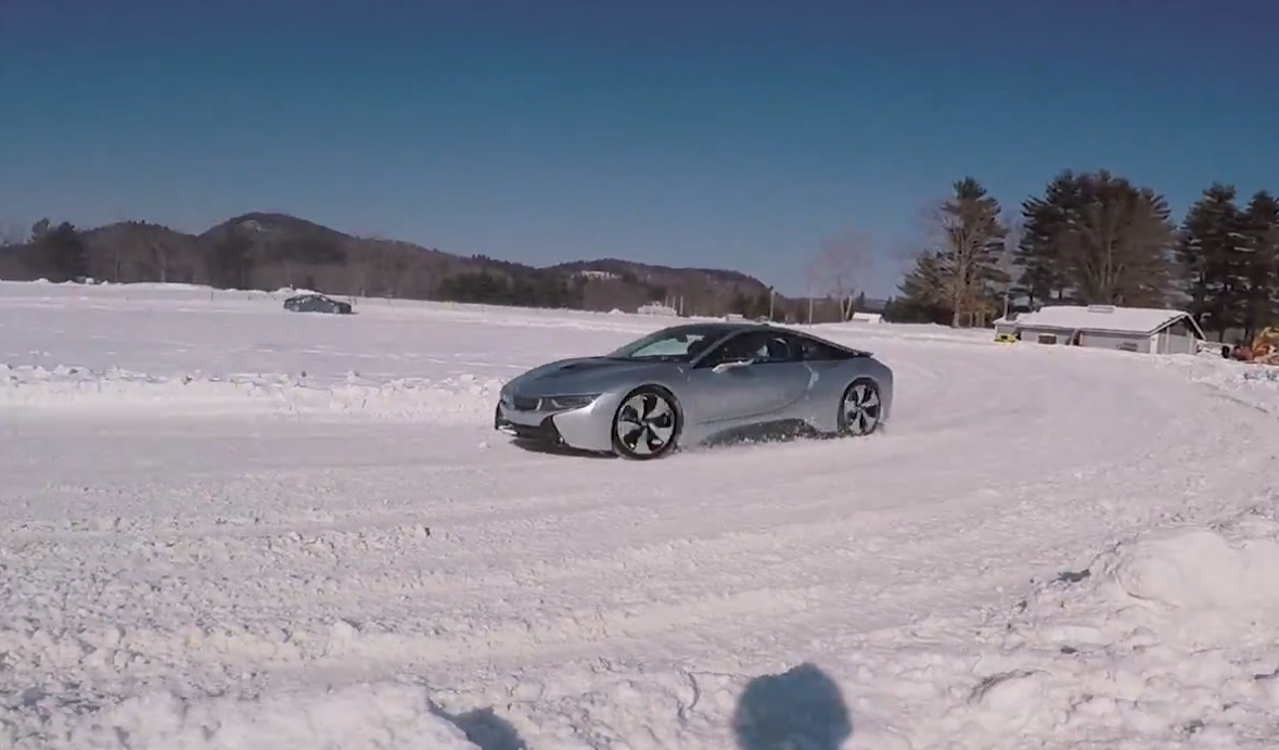 Snow Drifting The Bmw i8 Looks