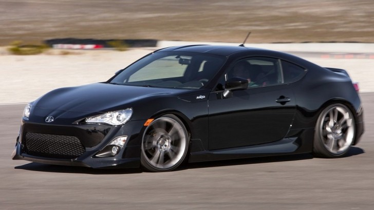 So Wrong: Nissan Calls Scion FR-S a Midlife Crisis Car