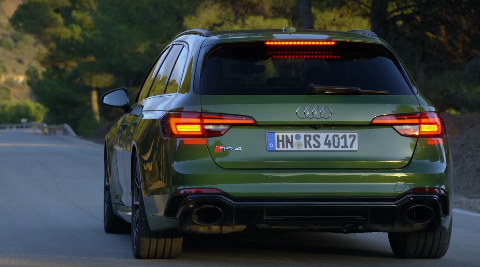 Sonoma Green 2018 Audi Rs4 Avant Looks As Good The Rs5
