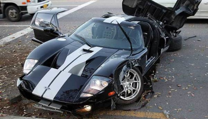 Sorry Boss: 2005 Ford GT Crashed in Korea