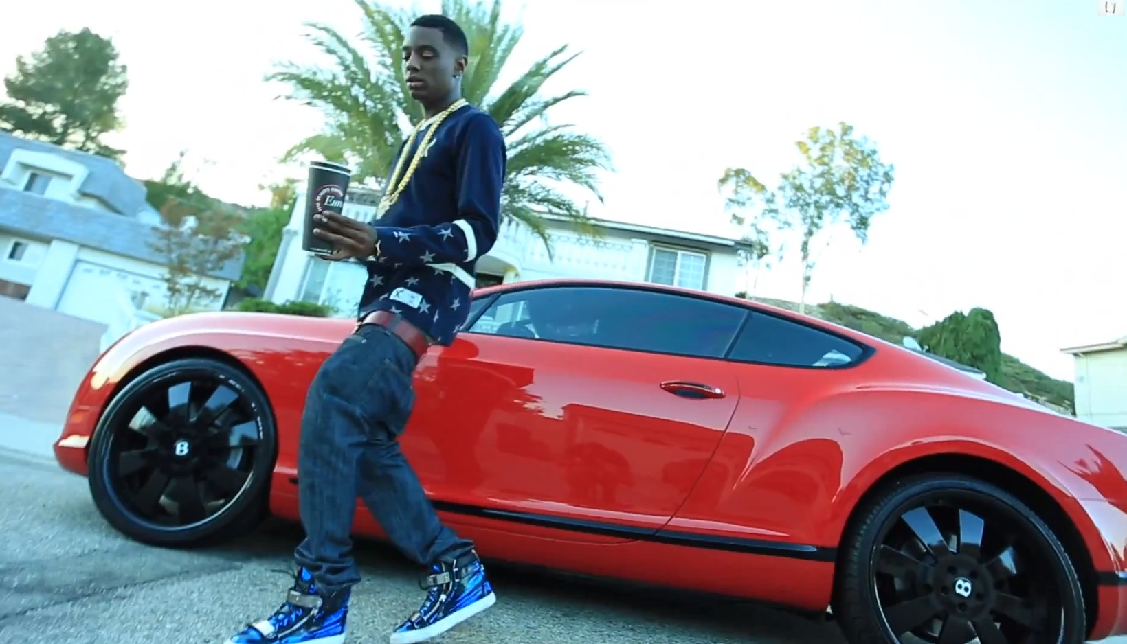 Bentley Coupe Lyrics >> Soulja Boy S New Tony Hawk Video Has Cooked Money And A