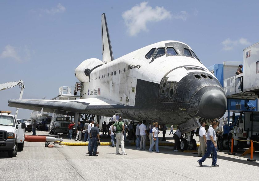 Space Shuttle Discovery (page 2) - Pics about space