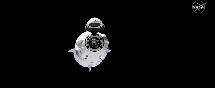 SpaceX Crew Dragon Splashes Down After Perfect Return to ...