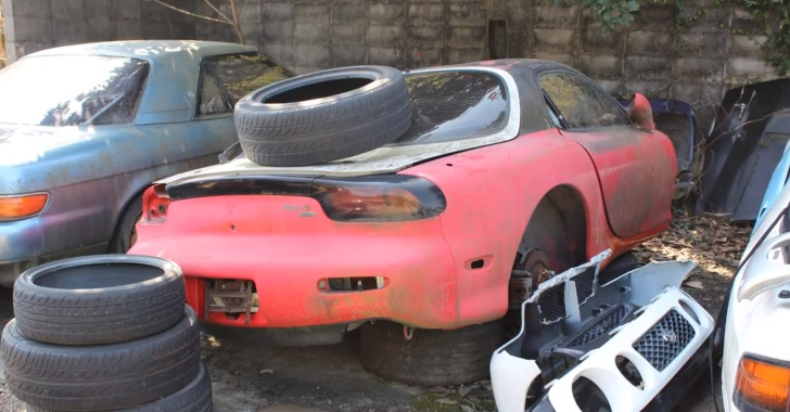 Sports Car Junkyard In Japan Looks Painful Autoevolution
