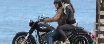 Spotted: Gerard Butler and Jessica Biel Sharing the Saddle