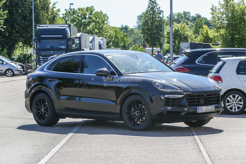 2020 Porsche Macan S, GTS, Interior, Hybrid >> Spy Photos 2020 Porsche Cayenne Coupe Is Elegant With A Dash Of