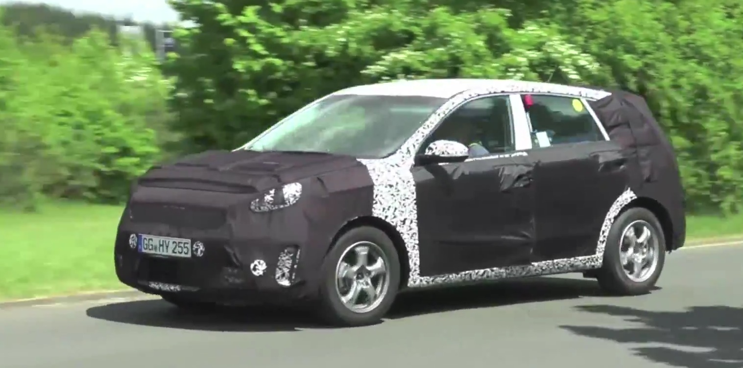 Spy Video: 2016 Kia Niro Hybrid SUV Testing at Nurburgring