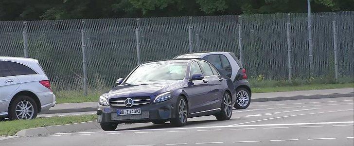 Spy Video: 2018 Mercedes-Benz C-Class Headlights Look Like Snake Eyes