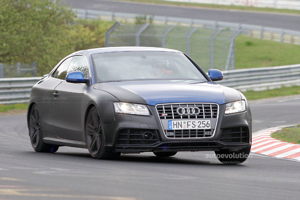 spyshots 2010 audi rs5 with retractable rear spoiler autoevolution. Black Bedroom Furniture Sets. Home Design Ideas