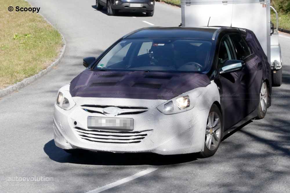 spyshots 2011 hyundai i40 wagon autoevolution. Black Bedroom Furniture Sets. Home Design Ideas
