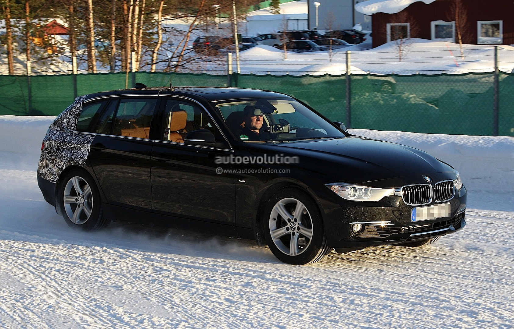 spyshots 2013 f31 bmw 3 series touring almost revealed autoevolution. Black Bedroom Furniture Sets. Home Design Ideas
