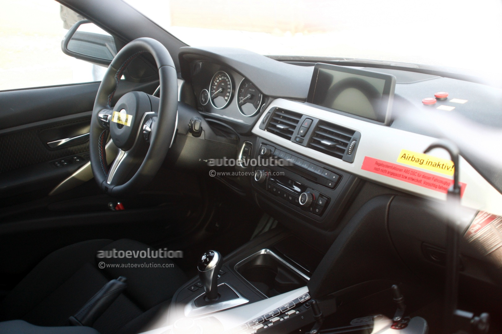 spyshots 2014 bmw m3 interior revealed autoevolution. Black Bedroom Furniture Sets. Home Design Ideas