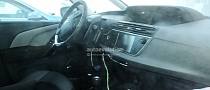 Spyshots: 2014 Citroen C4 Picasso Interior Revealed