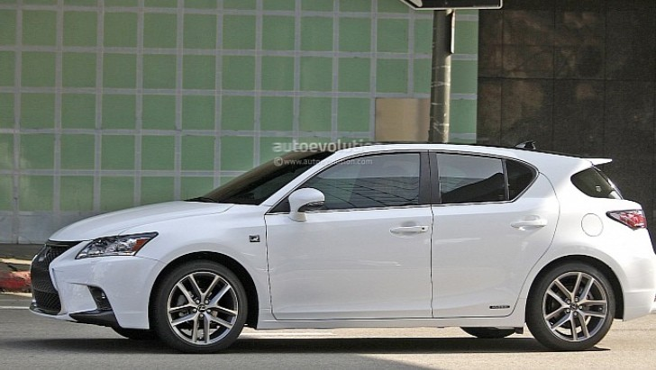 Spyshots: 2014 Lexus CT 200h F Sport Captured Again
