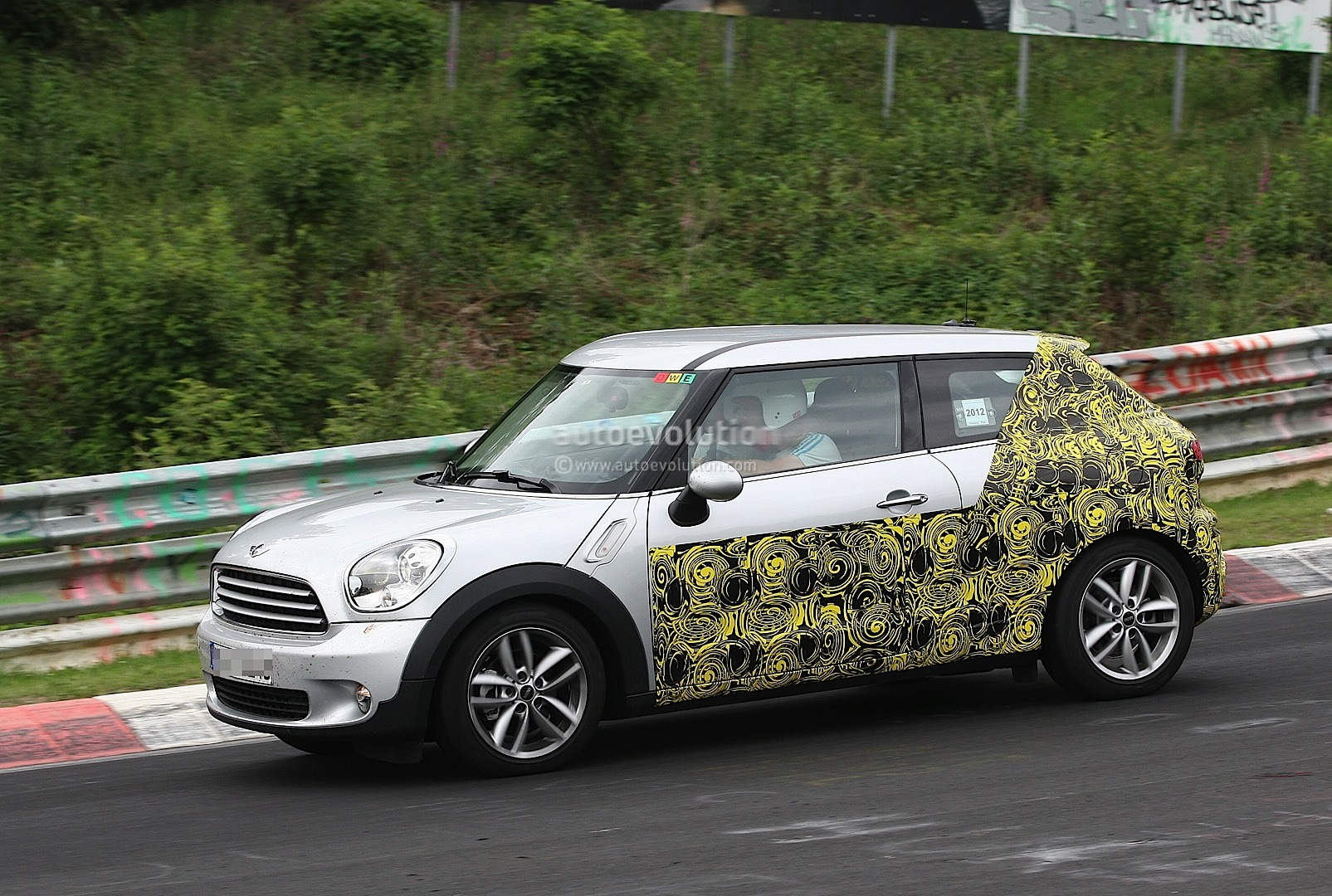 Spyshots 2014 Mini Countryman Coupe Autoevolution