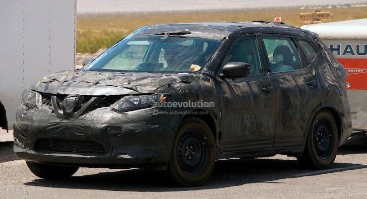 Spyshots 2015 Nissan Rogue Or X Trail Autoevolution