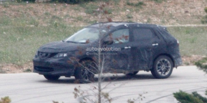 Spyshots: 2014 Nissan Qashqai First Photos