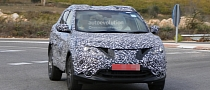 Spyshots: 2014 Nissan Qashqai Spied a Day Before Debut