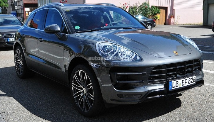 Spyshots: 2014 Porsche Macan Virtually Undisguised