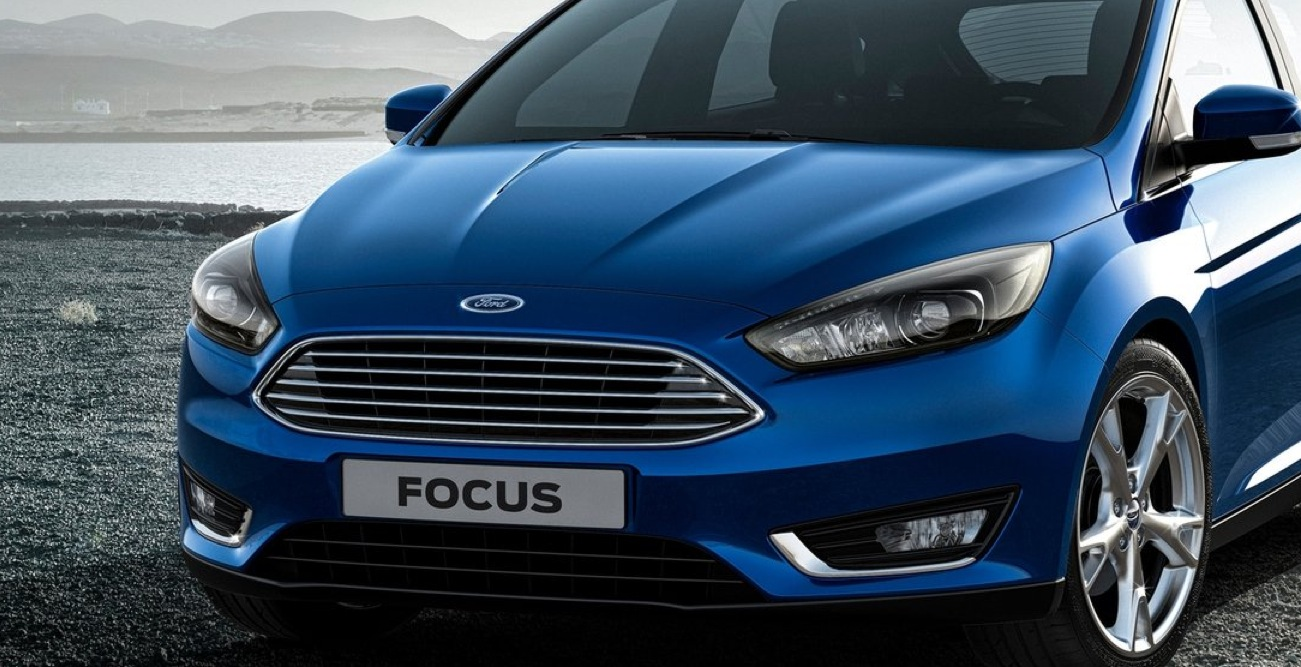 spyshots 2015 ford c max facelift getting new engines and. Black Bedroom Furniture Sets. Home Design Ideas