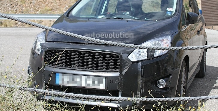 Spyshots: 2015 Ford C-Max Getting a New Grille