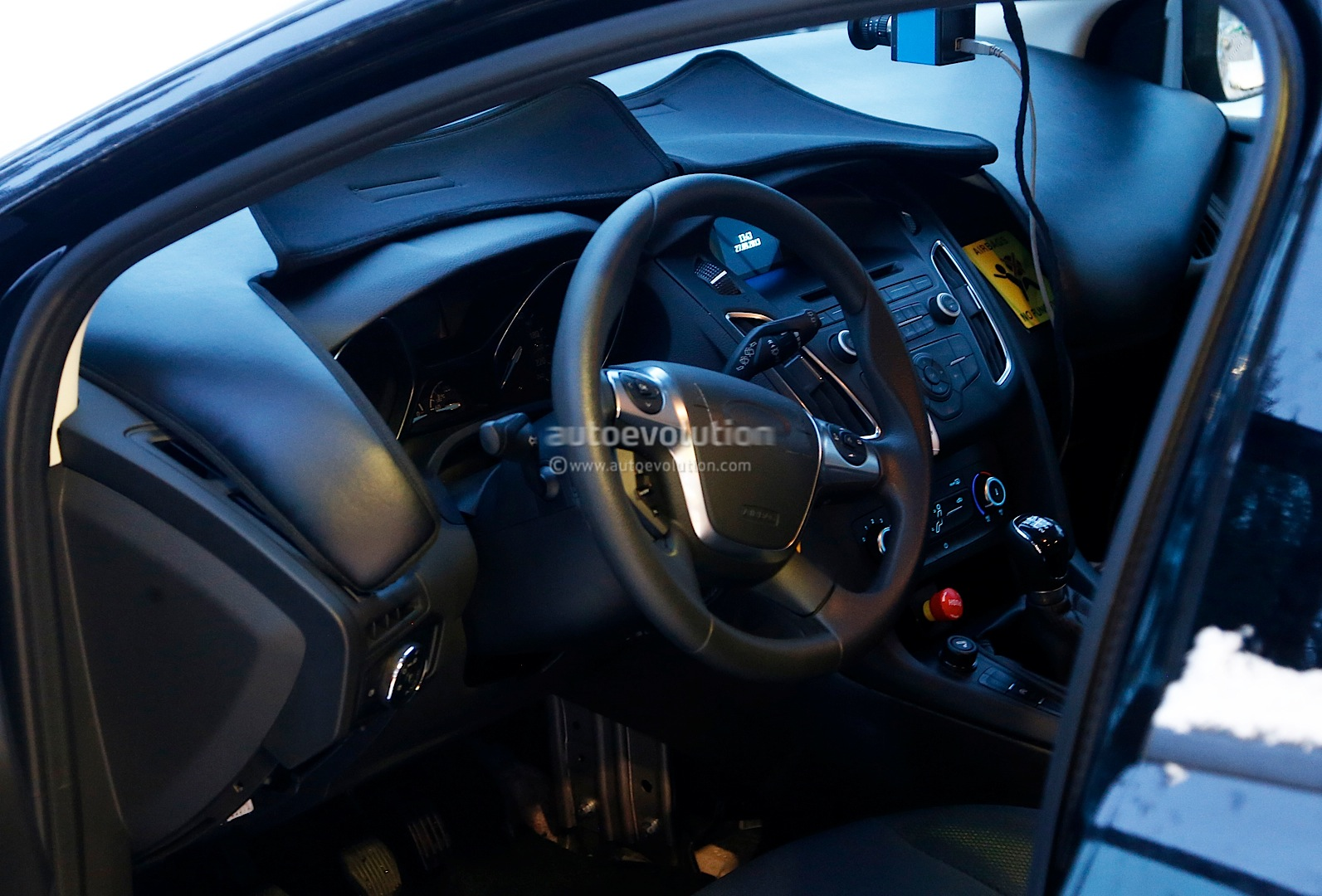 8 photos 2015 ford focus facelift