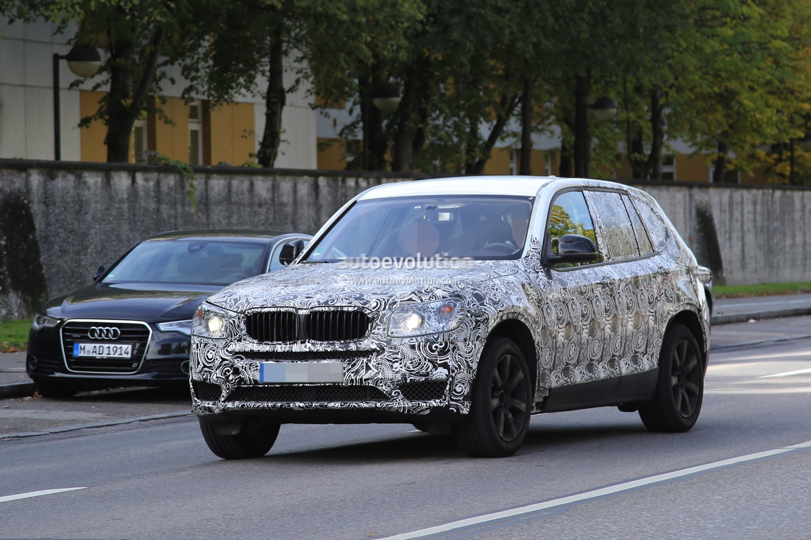 spyshots 2017 bmw x3 rolls into view on public roads for. Black Bedroom Furniture Sets. Home Design Ideas