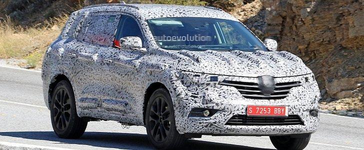 Spyshots 2017 Renault Koleos 7 Seat Suv Features Talisman Styling Autoevolution
