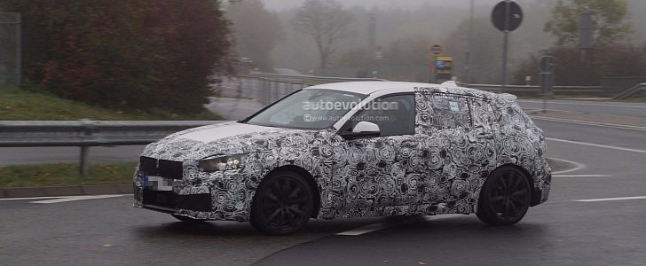 Spyshots 2019 Bmw 1 Series F40 Looks Roomier Thanks To