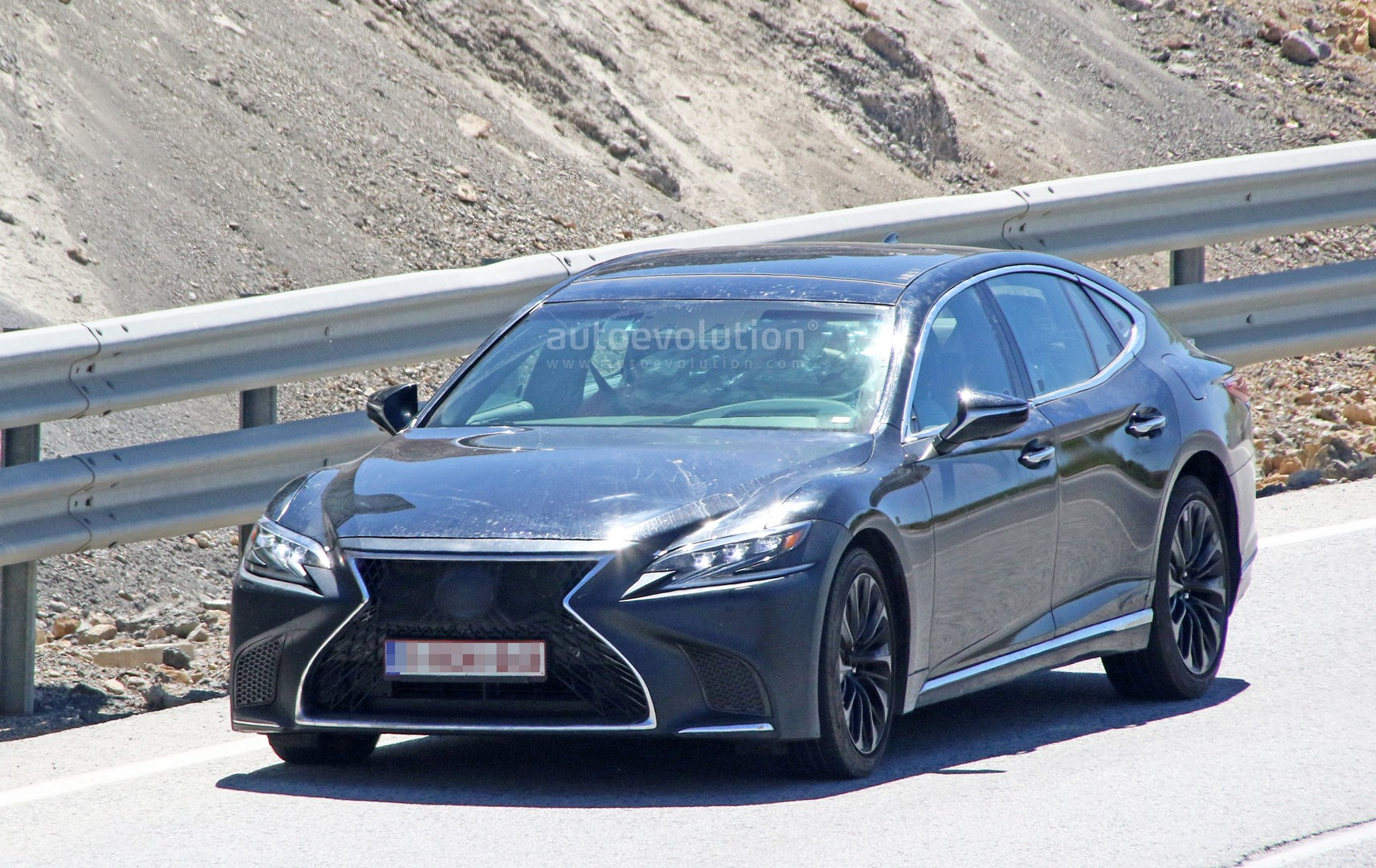 Spyshots: 2019 Lexus LS F Spotted, Could Pack Twin-Turbo V8 - autoevolution