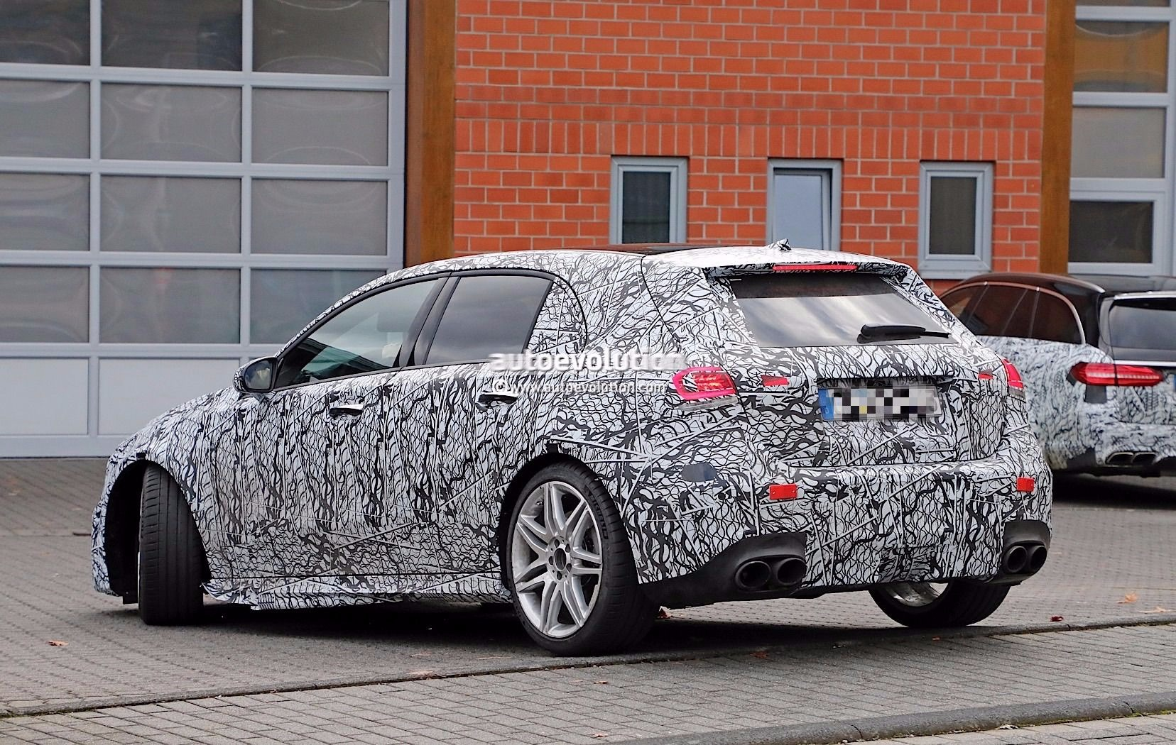 spyshots 2019 mercedes amg a45 prototype has gigantic oval tailpipes autoevolution. Black Bedroom Furniture Sets. Home Design Ideas
