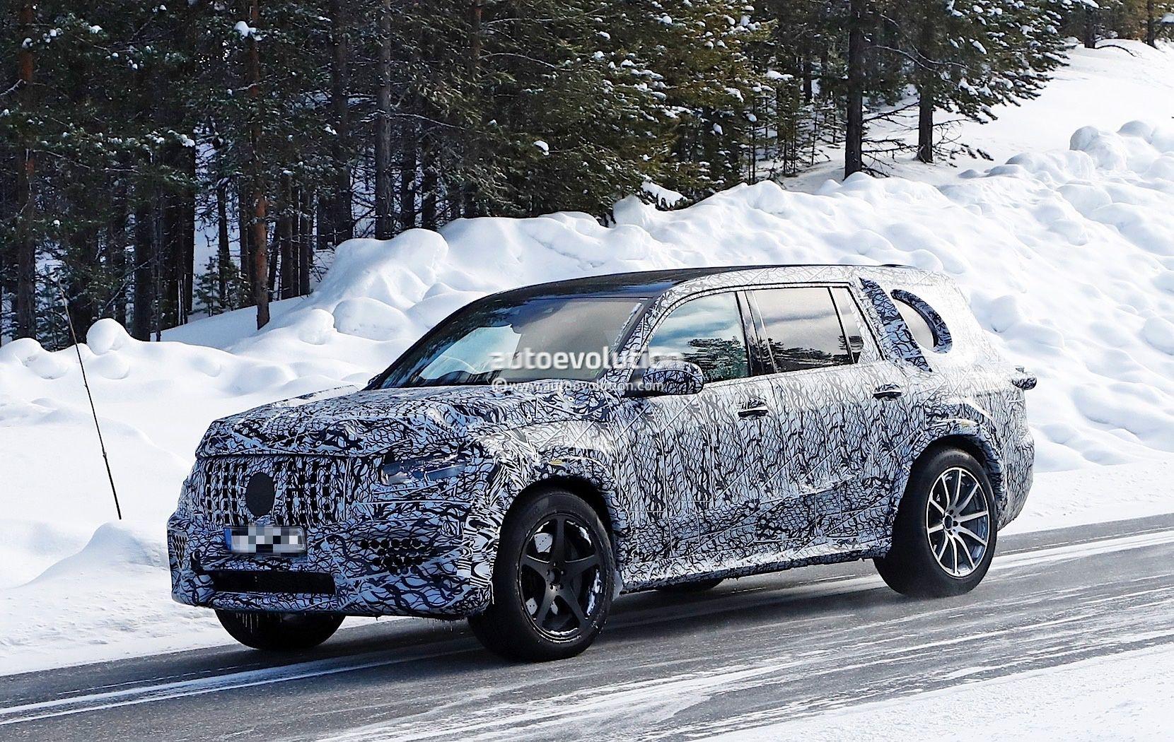 Spyshots 2020 Mercedes Amg Gls 63 Prototype Looks Majestic In The