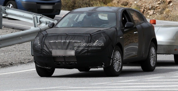 Spyshots: Alfa Romeo SUV to Be Named CXover