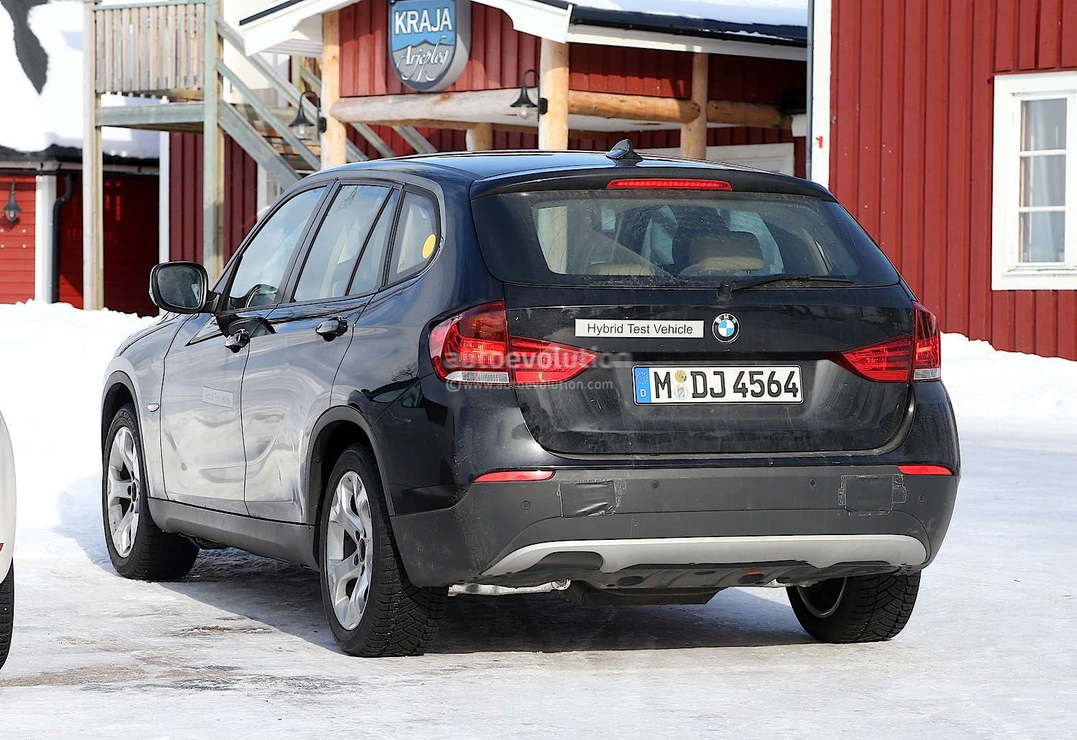 spyshots all electric bmw x1 autoevolution. Black Bedroom Furniture Sets. Home Design Ideas