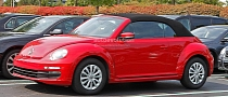 Spyshots: All-New 2014 VW Beetle Cabriolet