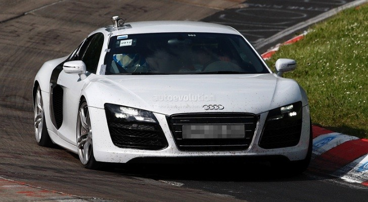 Spyshots: Audi R8 V10 Facelift on Nurburgring
