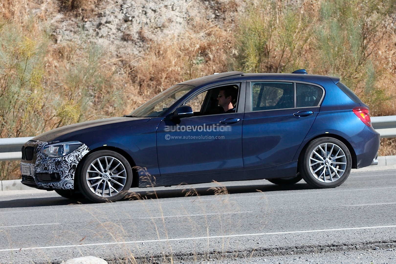 spyshots bmw 1 series lci prepares cosmetic changes. Black Bedroom Furniture Sets. Home Design Ideas