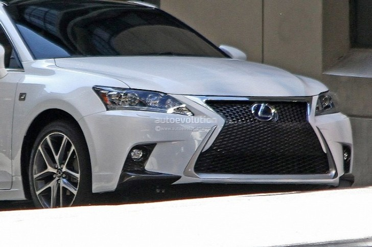 Spyshots: Lexus CT 200h F Sport [Photo Gallery]