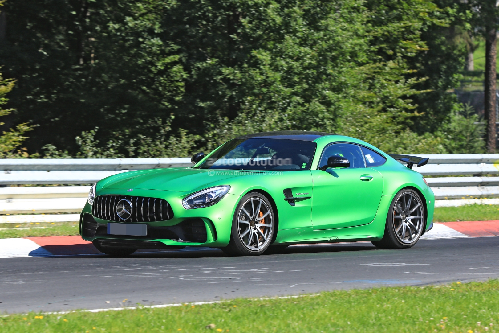 spyshots: mercedes-amg gt4 gets road version, targets sub-7m