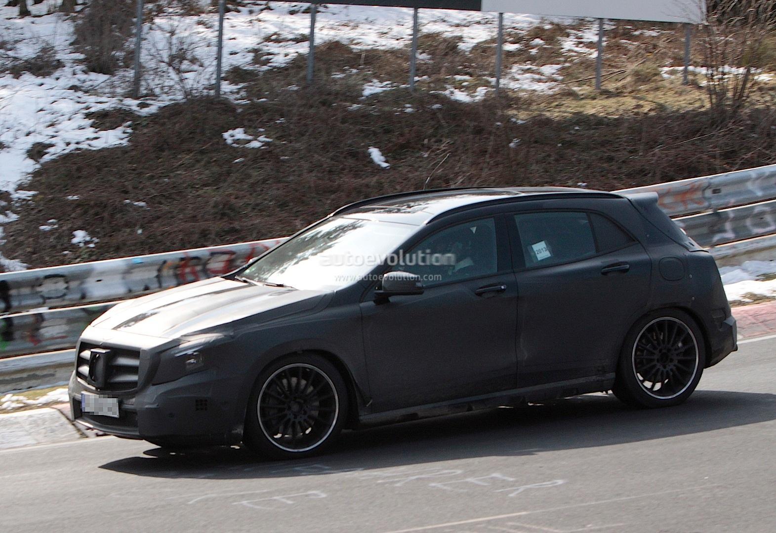spyshots mercedes gla 45 amg testing at nurburgring autoevolution. Black Bedroom Furniture Sets. Home Design Ideas