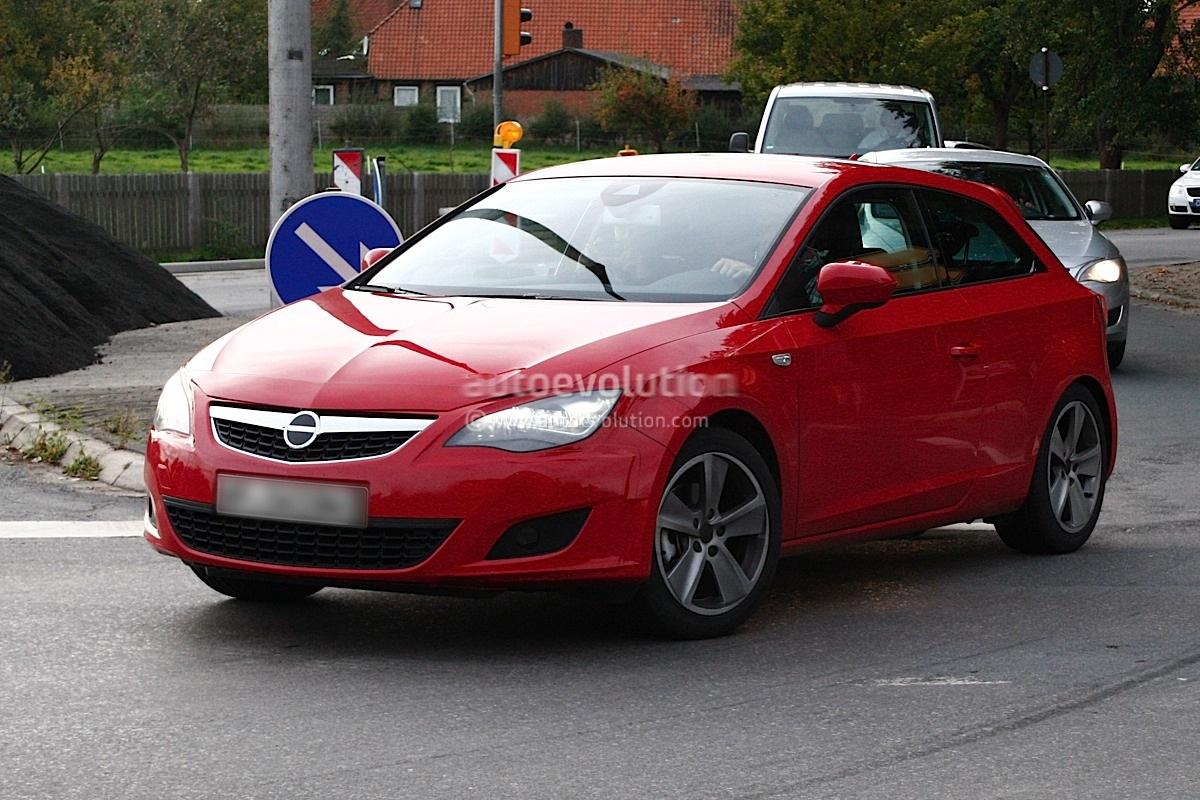 Spyshots New Seat Leon 3 Door Disguised As Opel Astra