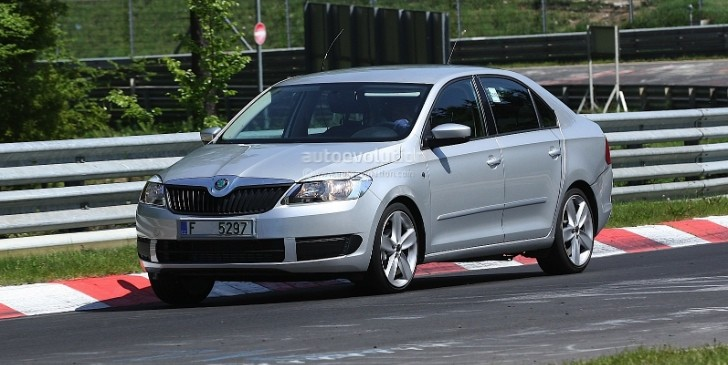 Spyshots: Skoda Rapid on the Nurburgring, almost Undisguised