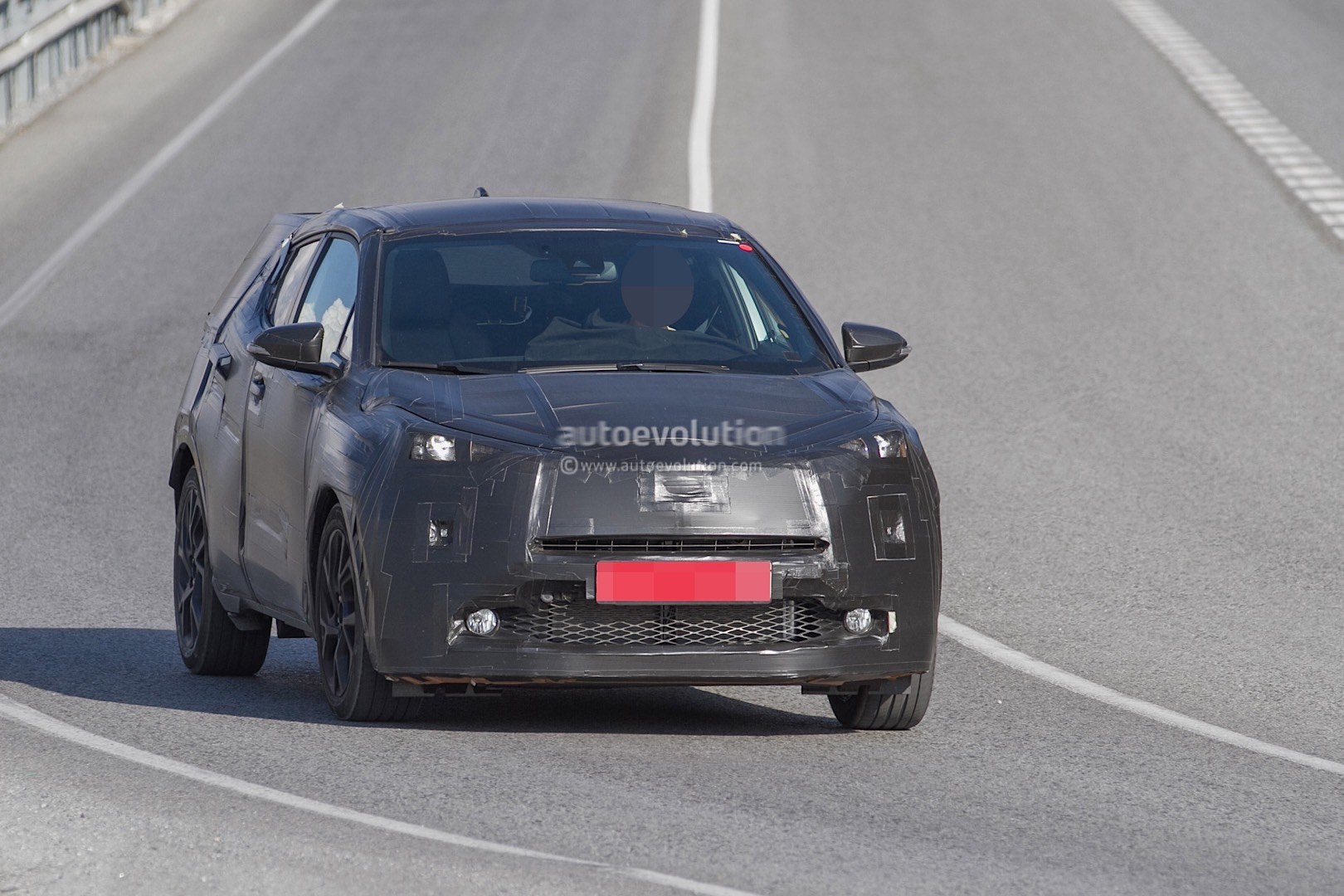Spyshots: Toyota Crossover Spotted During Tests, Will ...