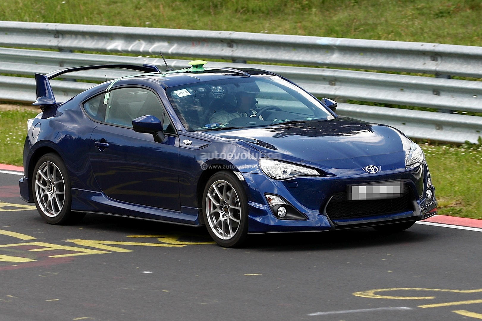spyshots toyota gt 86 with aero kit at nurburgring autoevolution. Black Bedroom Furniture Sets. Home Design Ideas