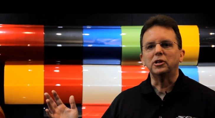 "SRT Shows Its ""Color Kitchen"" - The Art of Designing Car Paint Colors [Video]"