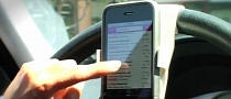 Steer Safe Allows Drivers to Integrate Phone into Steering Wheel