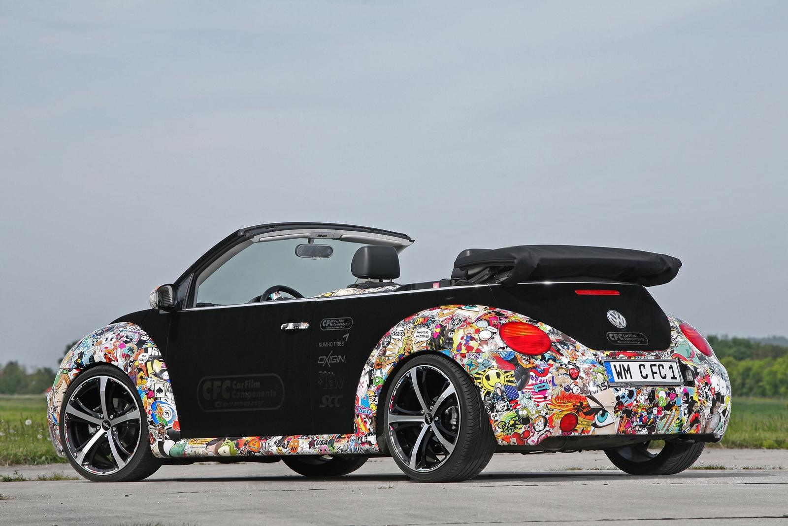 Sticker bomb car design - Cfc Beetle Stickerbomb Side Yep That S Velvet And Rear